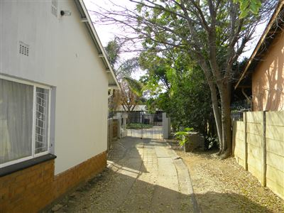 Property and Houses for sale in Silverton, House, 6 Bedrooms - ZAR 1,150,000