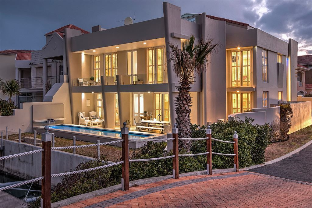 A Touch of Class on the Gordon's Bay Waterfront!