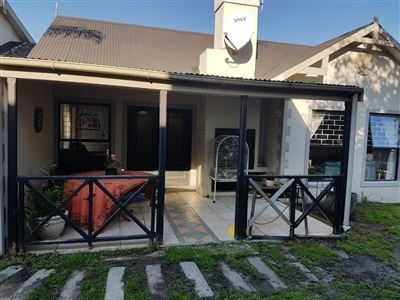 Durbanville, The Crest Property    Houses For Sale The Crest, The Crest, House 3 bedrooms property for sale Price:2,200,000