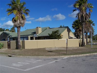 Property for Sale by Beatrice Landsberg, Middedorp, House 4 bedrooms property for sale Price:2,250,000
