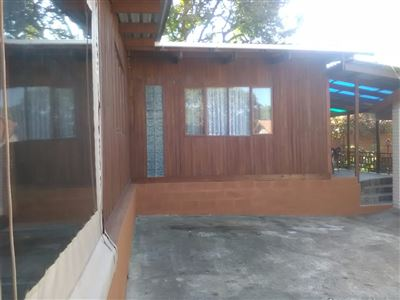 Athlone Park property to rent. Ref No: 13501512. Picture no 2