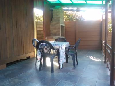 Athlone Park property to rent. Ref No: 13501512. Picture no 14
