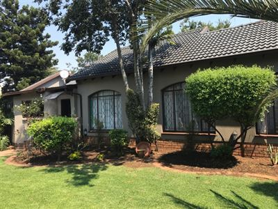 House for sale in Parkhill Gardens