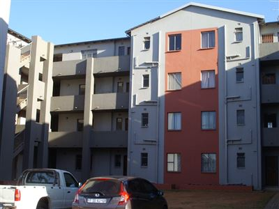 Roodepoort, Fleurhof Property  | Houses For Sale Fleurhof, Fleurhof, Flats 2 bedrooms property for sale Price:400,000
