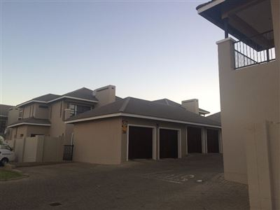 Bloemfontein, Lilyvale Property  | Houses For Sale Lilyvale, Lilyvale, Townhouse 4 bedrooms property for sale Price:1,685,000
