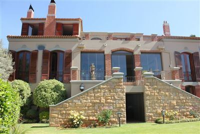 Property and Houses for sale in Waterkloof Ridge, House, 4 Bedrooms - ZAR 9,500,000