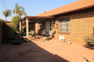 Pretoria, Booysens And Ext Property  | Houses For Sale Booysens And Ext, Booysens And Ext, House 3 bedrooms property for sale Price:860,000