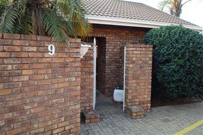 Rustenburg, Safari Gardens Property  | Houses To Rent Safari Gardens, Safari Gardens, Townhouse 3 bedrooms property to rent Price:,  6,00*