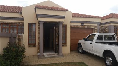 Potchefstroom, Grimbeeck Park Property  | Houses To Rent Grimbeeck Park, Grimbeeck Park, Townhouse 2 bedrooms property to rent Price:,  7,50*