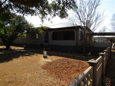 Bloemfontein, Bayswater Property  | Houses For Sale Bayswater, Bayswater, House 3 bedrooms property for sale Price:1,260,000