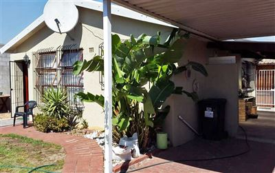 Kraaifontein, Bonnie Brae Property    Houses For Sale Bonnie Brae, Bonnie Brae, House 3 bedrooms property for sale Price:1,180,000