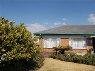 Johannesburg, Linmeyer Property  | Houses For Sale Linmeyer, Linmeyer, House 3 bedrooms property for sale Price:1,390,000