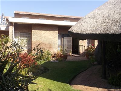 Klerksdorp, Oudorp Property    Houses For Sale Oudorp, Oudorp, Retirement Home 2 bedrooms property for sale Price:650,000