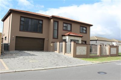 Brackenfell, Sonkring Property  | Houses For Sale Sonkring, Sonkring, House 4 bedrooms property for sale Price:2,550,000