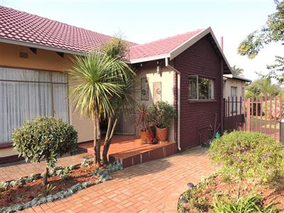 Roodepoort, Helderkruin Property  | Houses For Sale Helderkruin, Helderkruin, House 3 bedrooms property for sale Price:1,690,000