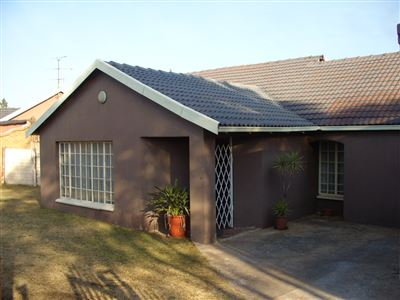Roodepoort, Fleurhof Property  | Houses For Sale Fleurhof, Fleurhof, House 3 bedrooms property for sale Price:780,000