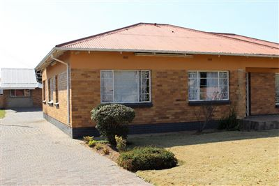 Roodepoort, Witpoortjie & Ext Property  | Houses For Sale Witpoortjie & Ext, Witpoortjie & Ext, House 3 bedrooms property for sale Price:1,050,000