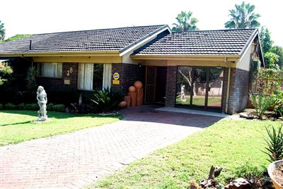 Brits, Brits Central Property    Houses To Rent Brits Central, Brits Central, House 3 bedrooms property to rent Price:,  8,00*