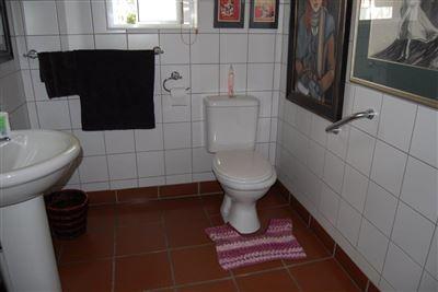 Rustenburg property to rent. Ref No: 13508203. Picture no 12