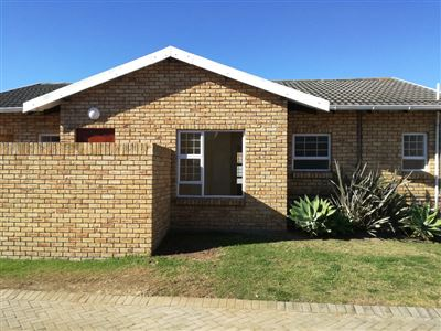 Port Elizabeth, Glenroy Park Property  | Houses For Sale Glenroy Park, Glenroy Park, Townhouse 3 bedrooms property for sale Price:1,045,000