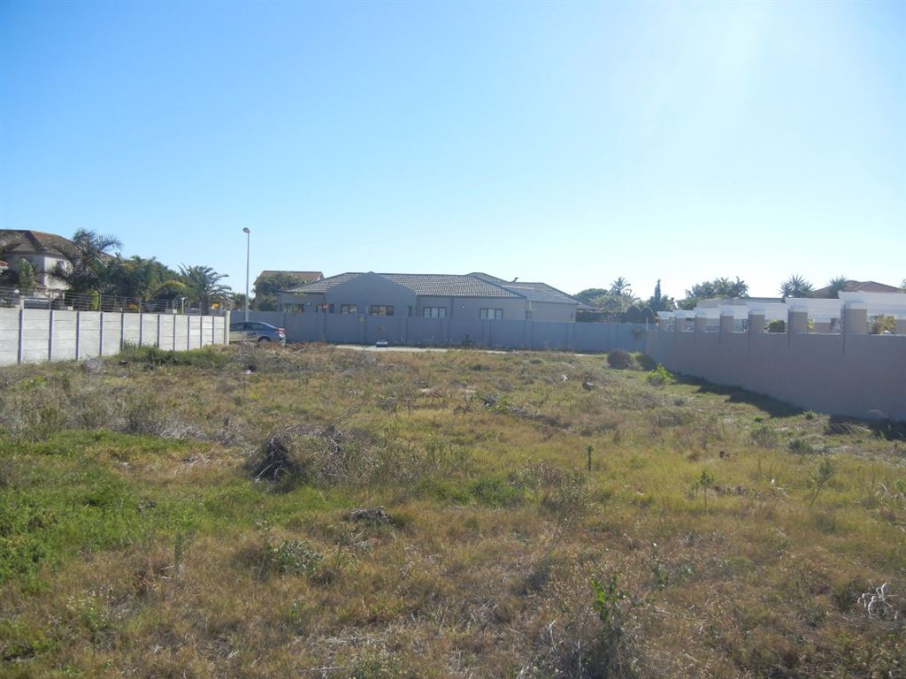 Opportunity Knocks - Prime Land to Build your own Home!
