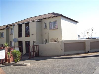 Germiston, Elspark & Ext Property  | Houses For Sale Elspark & Ext, Elspark & Ext, Townhouse 2 bedrooms property for sale Price:400,000