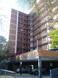 Property and Houses for sale in Pretoria Central, Apartment, 3 Bedrooms - ZAR 420,000