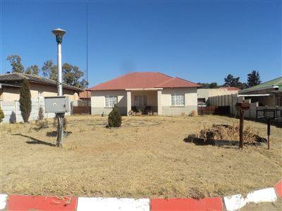 Vierfontein, Vierfontein Property  | Houses For Sale Vierfontein, Vierfontein, House 3 bedrooms property for sale Price:250,000