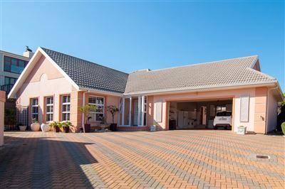 Bellville, Van Riebeeckshof Property  | Houses For Sale Van Riebeeckshof, Van Riebeeckshof, House 3 bedrooms property for sale Price:4,300,000