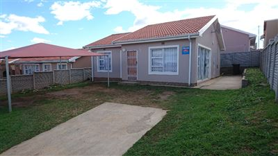 East London, Haven Hills Property  | Houses For Sale Haven Hills, Haven Hills, House 3 bedrooms property for sale Price:820,000