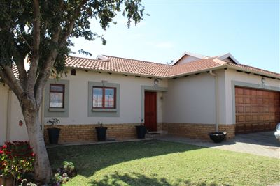 Pretoria, Mooikloof Gardens Property  | Houses For Sale Mooikloof Gardens, Mooikloof Gardens, Retirement Home 3 bedrooms property for sale Price:2,375,000