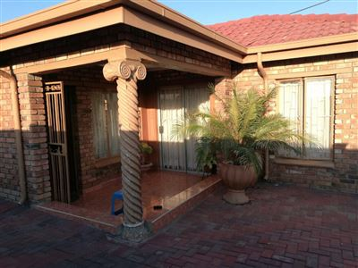 Rustenburg, Boitekong Property  | Houses For Sale Boitekong, Boitekong, House 3 bedrooms property for sale Price:590,000