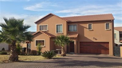 Centurion, Thatchfield Estate Property  | Houses For Sale Thatchfield Estate, Thatchfield Estate, House 3 bedrooms property for sale Price:1,995,000
