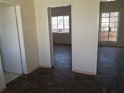 Turffontein property to rent. Ref No: 13512301. Picture no 15