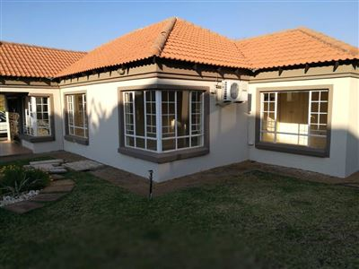 Rustenburg, Waterval East Property  | Houses To Rent Waterval East, Waterval East, Townhouse 3 bedrooms property to rent Price:,  9,00*
