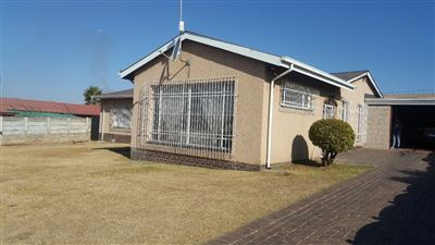 Germiston, Tedstoneville Property  | Houses For Sale Tedstoneville, Tedstoneville, House 4 bedrooms property for sale Price:870,000