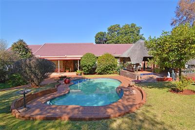 Roodepoort, Wilro Park & Ext Property  | Houses For Sale Wilro Park & Ext, Wilro Park & Ext, House 4 bedrooms property for sale Price:1,295,000