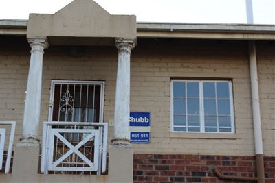 Bloemfontein, Ehrlich Park Property  | Houses For Sale Ehrlich Park, Ehrlich Park, Flats 2 bedrooms property for sale Price:390,000