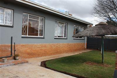 Krugersdorp, Kenmare Property    Houses For Sale Kenmare, Kenmare, House 4 bedrooms property for sale Price:1,050,000