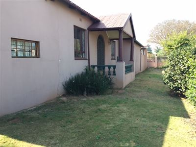 House for sale in Primrose