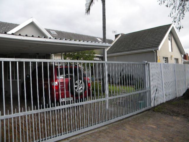 4 Bedroom house for sale in Stellenridge Bellville