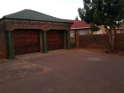 Pretoria, Chantelle And Ext Property  | Houses For Sale Chantelle And Ext, Chantelle And Ext, House 4 bedrooms property for sale Price:1,160,000