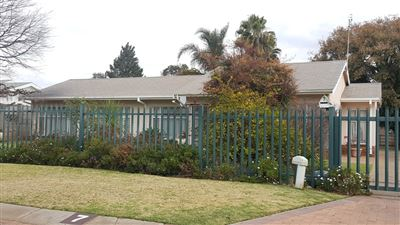 Klerksdorp, Flimieda Property  | Houses For Sale Flimieda, Flimieda, House 3 bedrooms property for sale Price:790,000
