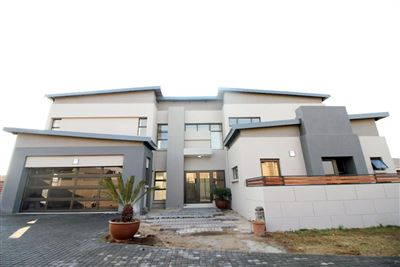 Centurion, Raslouw Gardens Property  | Houses For Sale Raslouw Gardens, Raslouw Gardens, Flats 5 bedrooms property for sale Price:3,680,000