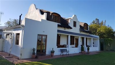 Paarl property for sale. Ref No: 13515149. Picture no 9