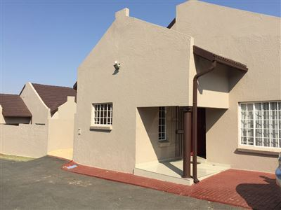 Germiston, Castleview Property  | Houses To Rent Castleview, Castleview, House 3 bedrooms property to rent Price:,  9,00*