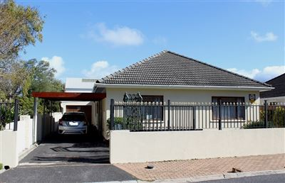 Cape Town, Plumstead Property  | Houses For Sale Plumstead, Plumstead, House 4 bedrooms property for sale Price:2,650,000