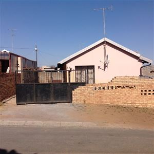 Krugersdorp, Kagiso & Ext Property  | Houses For Sale Kagiso & Ext, Kagiso & Ext, House 3 bedrooms property for sale Price:520,000