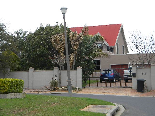 3 Bedroom house For Sale in Vredekloof Heights, Brackenfell