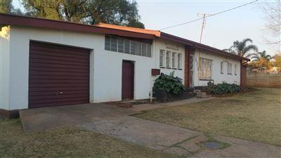House for sale in Erasmia